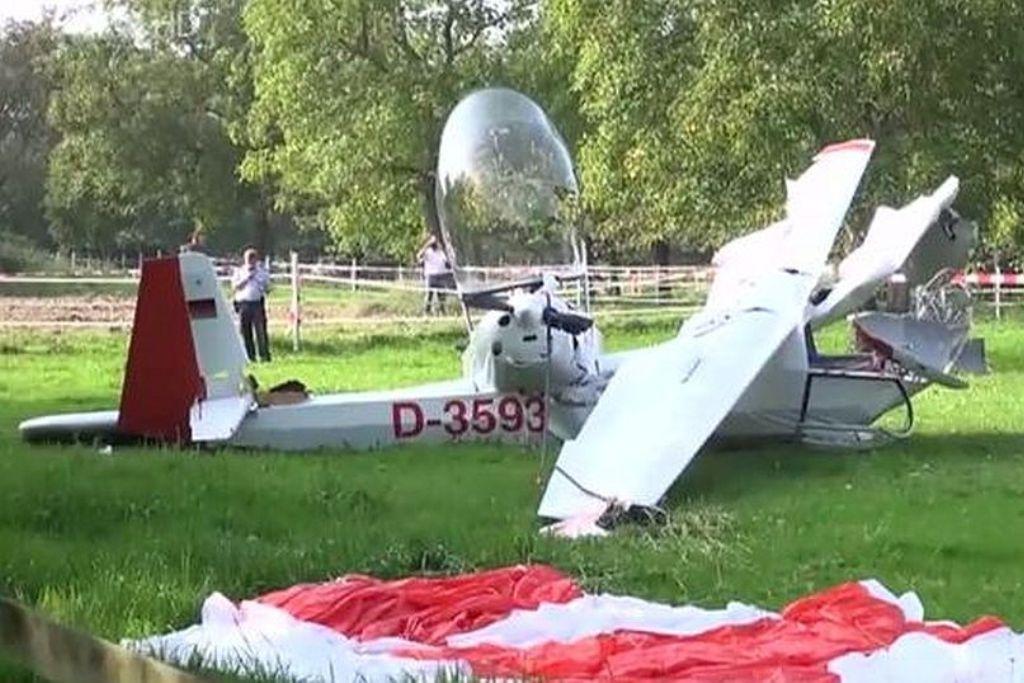 UL und Segelflugzeug am Rettungssystem